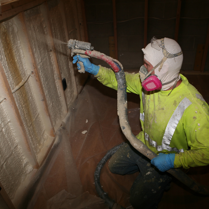 spray foam insulation contractors michigan-3